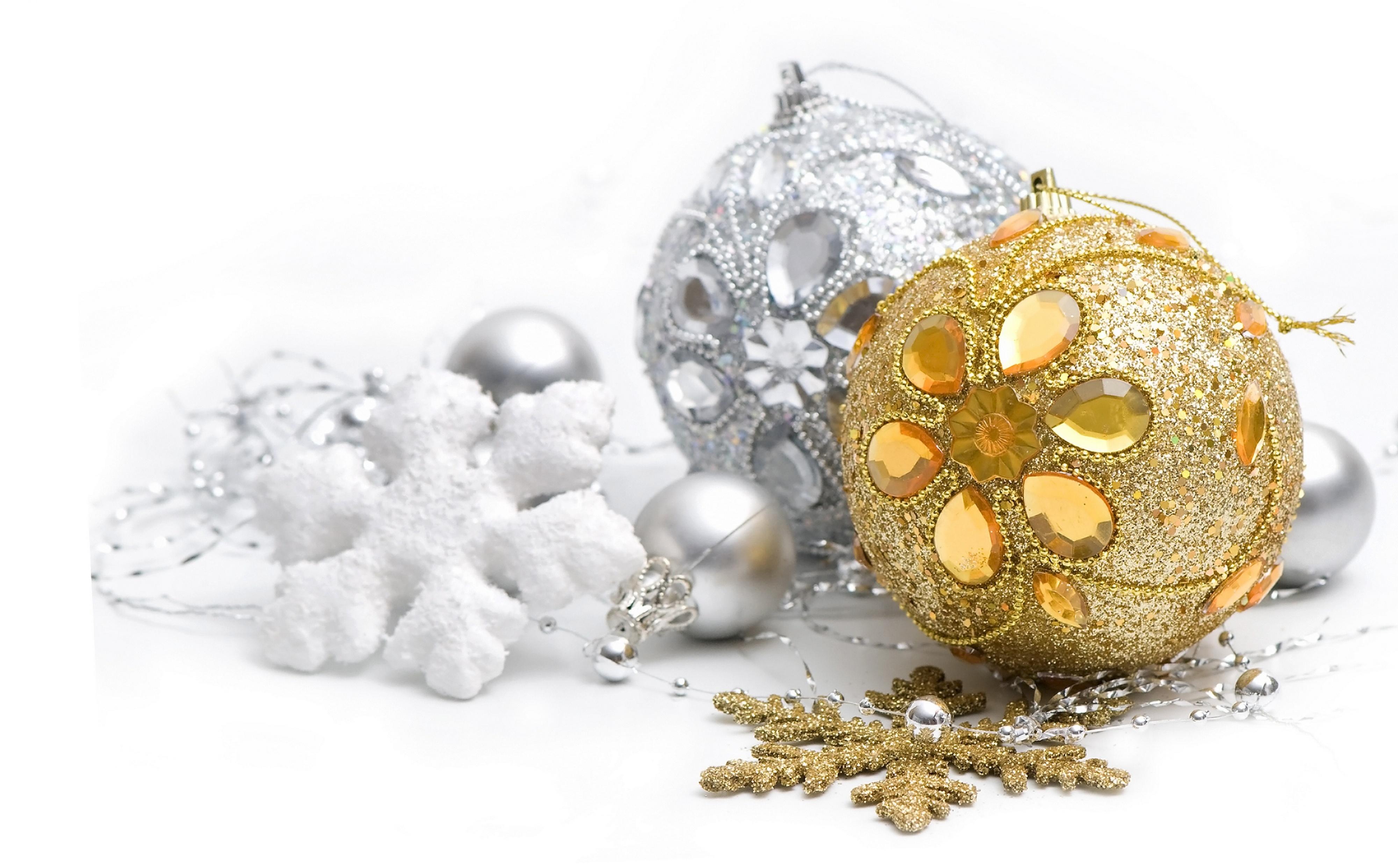 Обои новогодние, игрушки, украшения, золотистая