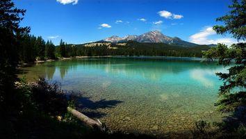 Бесплатные фото озеро,вода,горы,небо,дно,деревья,природа
