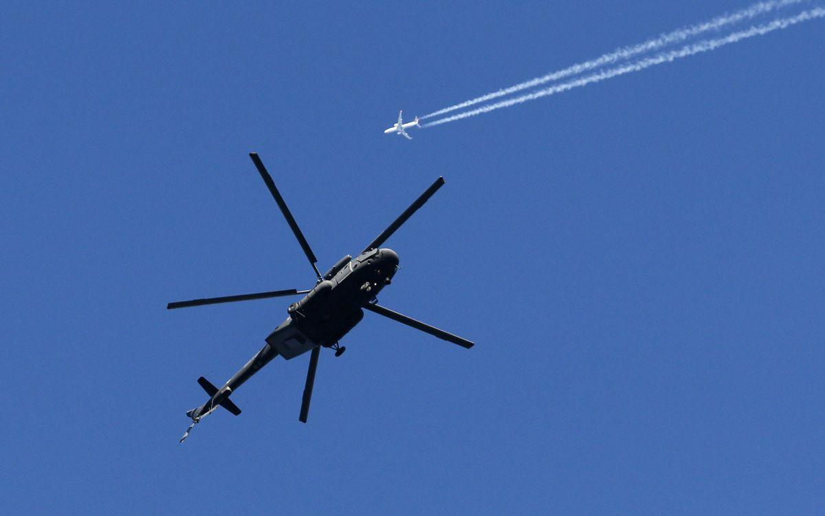 Фото бесплатно пассажирский, самолет, след, вертолет, небо, полет, авиация, авиация
