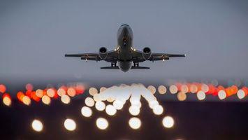 Бесплатные фото самолет,пассажирский,взлетная,полоса,огни,небо,авиация