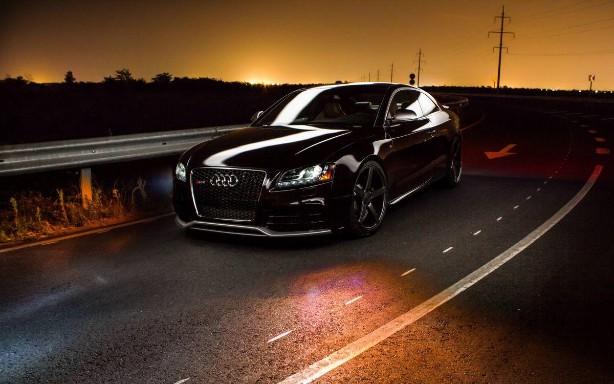 Фото бесплатно черная Ауди, трасса, скорость, машины