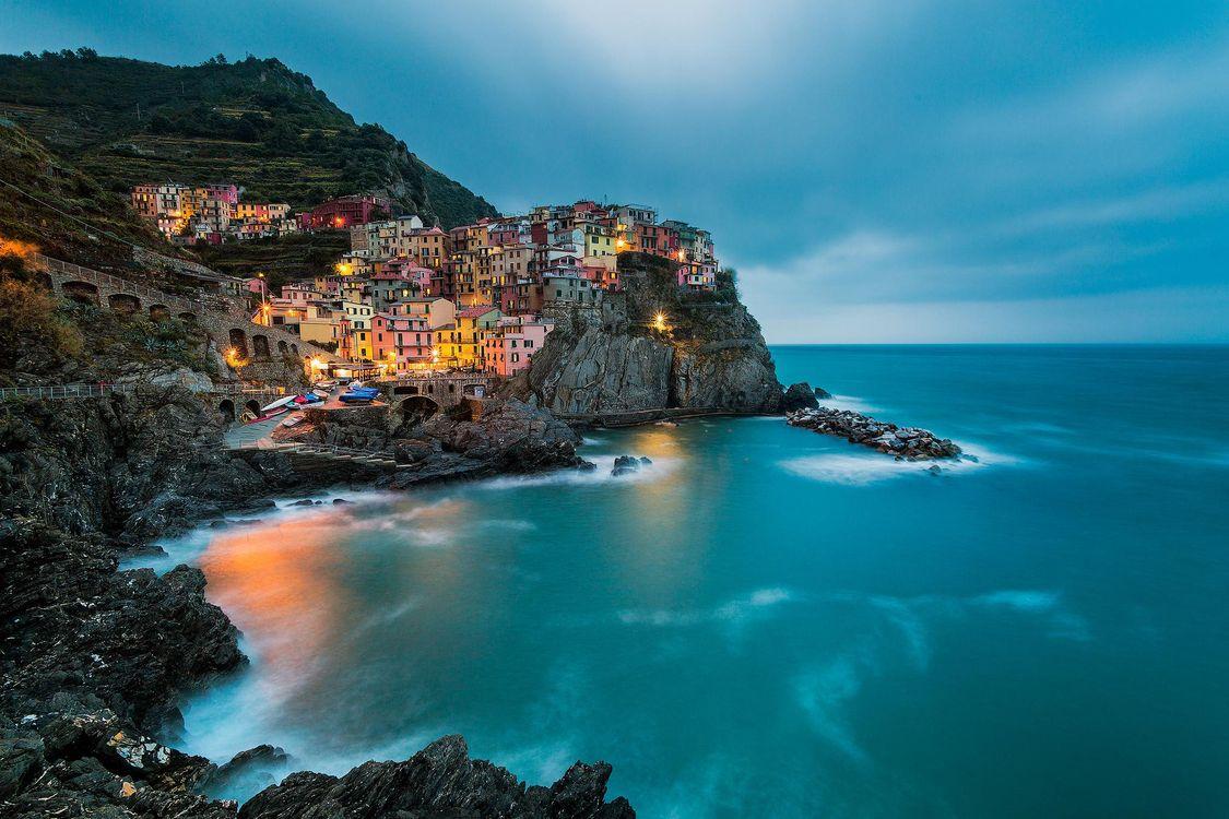 Обои Manorola, Cinque Terre, Italy на телефон | картинки город