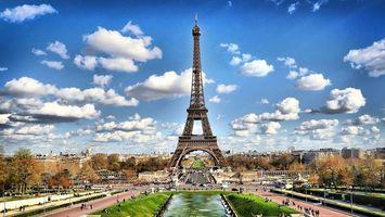 Заставки Париж,Эйфелева башня,достопримечательность,парк,фонтан,люди,растительность