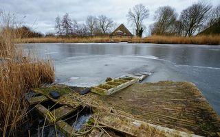 Бесплатные фото мостик,развалины,лестница,река,лед,берег,трава
