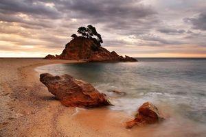 Бесплатные фото Costa Brava,Cala Cap Roig Calonge,Gerona,море,закат,берег,скалы