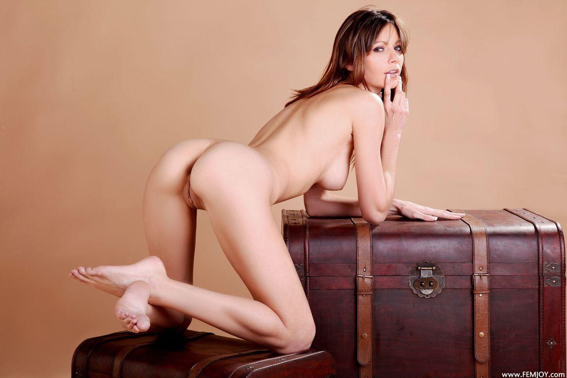 Фото бесплатно Tania, Tia, модель, красотка, голая, голая девушка, обнаженная девушка, позы, поза, сексуальная девушка, эротика, эротика