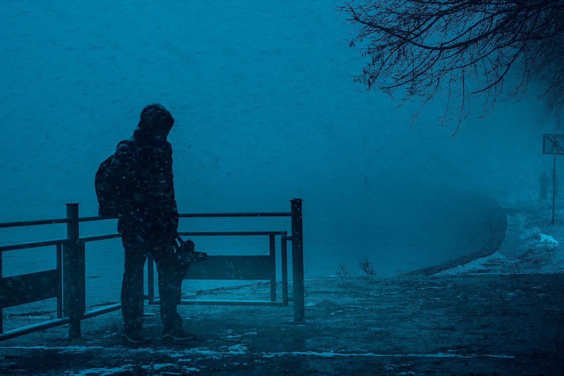 Обои ART IRBIS PRODUCTION, Москва, туман, снег, мужчина, река, Khusen Rustamov, Хусен Рустамов, фотограф, xusenru, Природа, Россия, Город, мрак на телефон | картинки город - скачать