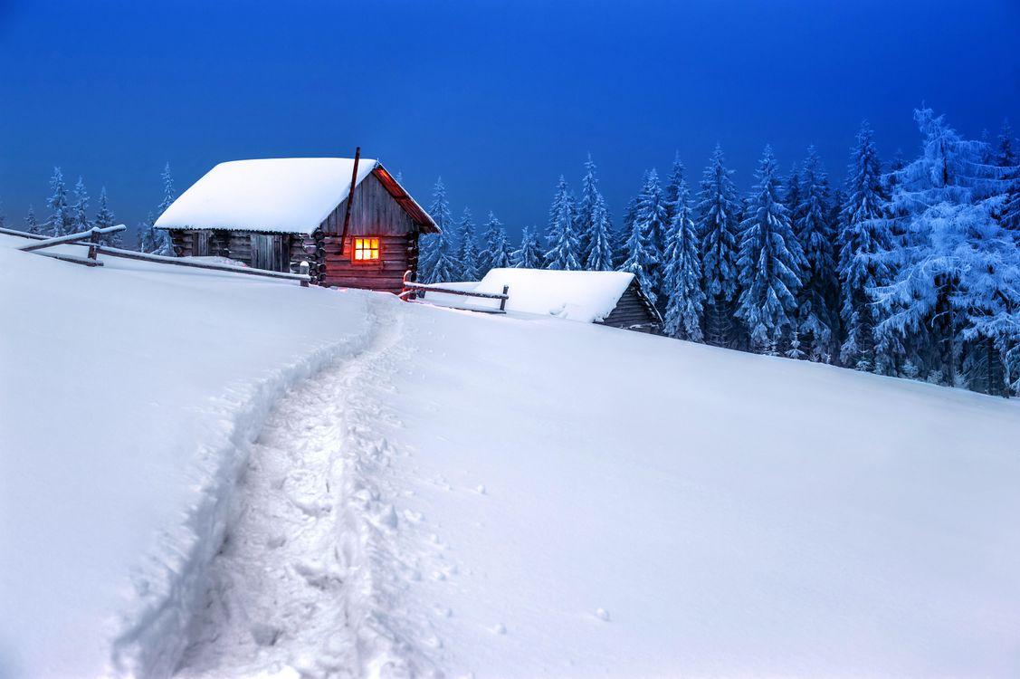 Фото бесплатно закат, зима, снег, деревья, сугробы, домик, пейзаж, пейзажи