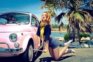 Бесплатные фото девушка,машина,балонный ключ