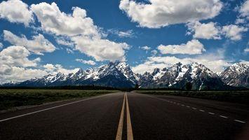 Бесплатные фото шоссе,горы,облака,небо,трава