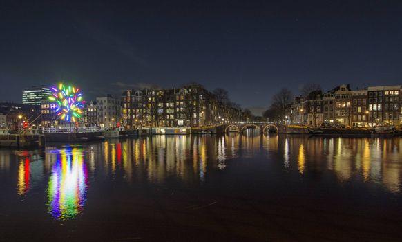 Фото про амстердам, столица и крупнейший город нидерландов