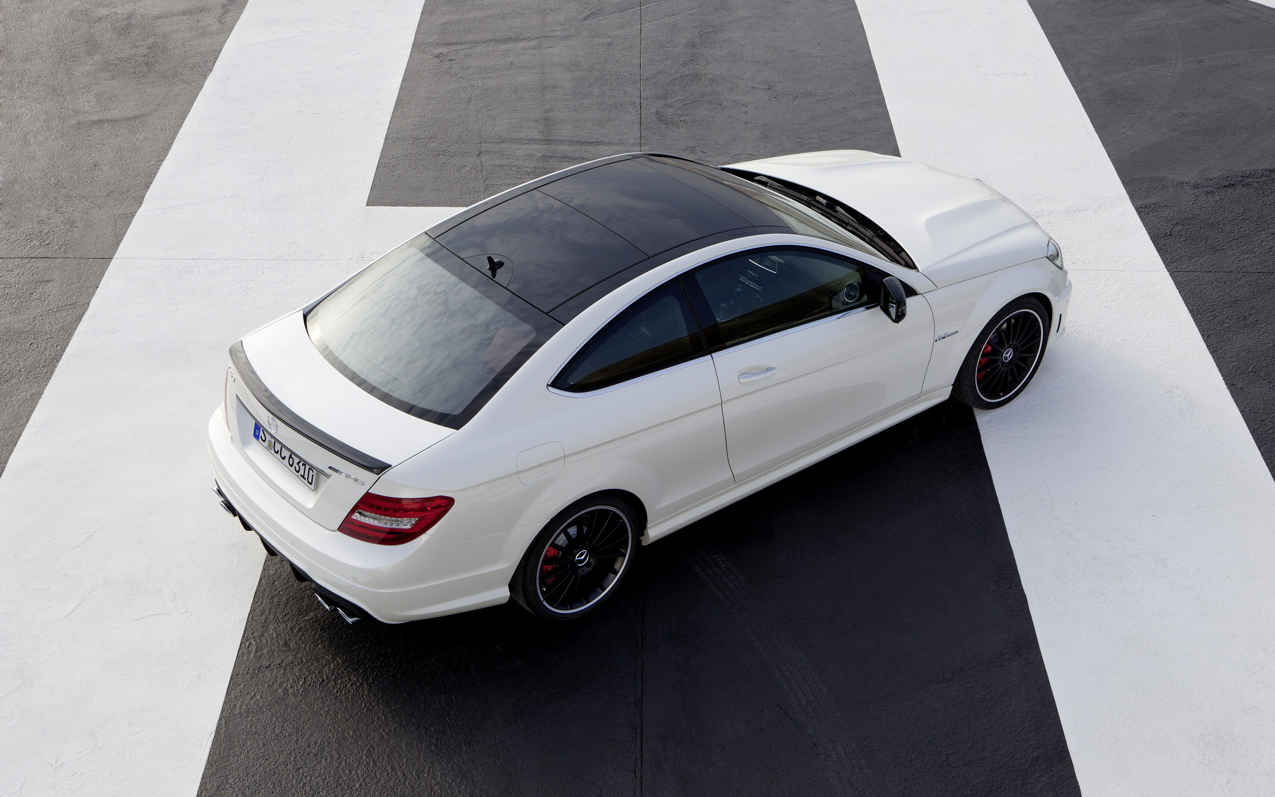 Screensaver Mercedes Benz Amg Coupe Pictures For Mobile