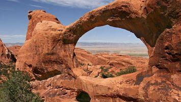 Фото бесплатно песчаник, красный, формация, кустарник, зеленый, небо, природа