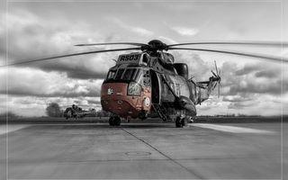 Бесплатные фото вертолет,лопасти,кабина,небо,черно-белый,колеса,авиация