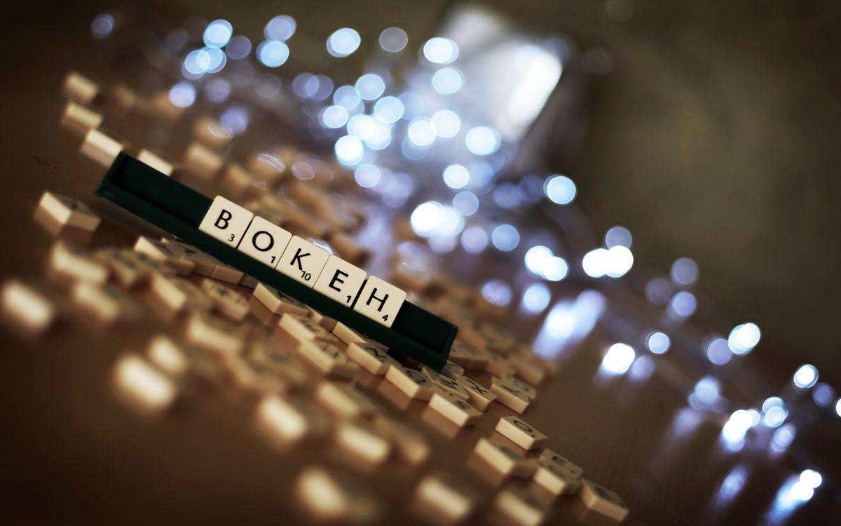 Картинка буквы, кубики, стол, интеллект, фраза, огни, свет, игры на рабочий стол. Скачать фото обои игры