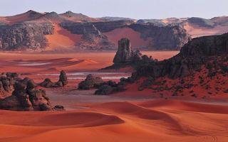Фото бесплатно каньон, песок, красный, следы, камни, вода, лужи, природа, пейзажи