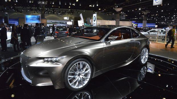 Бесплатные фото lexus,серебряный,вид,машины