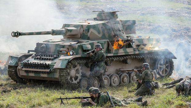 Фото бесплатно танк, солдаты, оружие