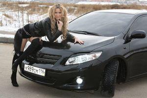 Бесплатные фото Toyota,автомобиль девушка