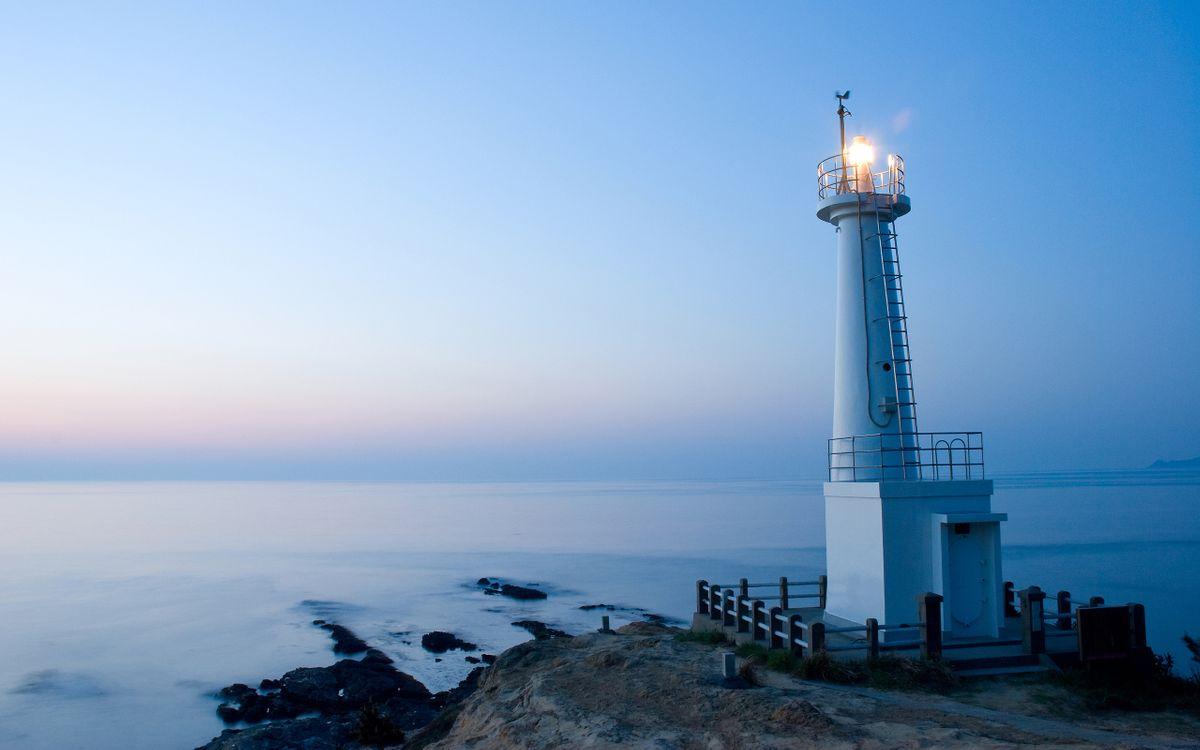 Фото бесплатно маяк, белый, свет, море, горизонт, небо, пейзажи, пейзажи