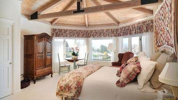 Бесплатные фото спальня, кровать, подушки, шкаф, старинный, лампа, интерьер