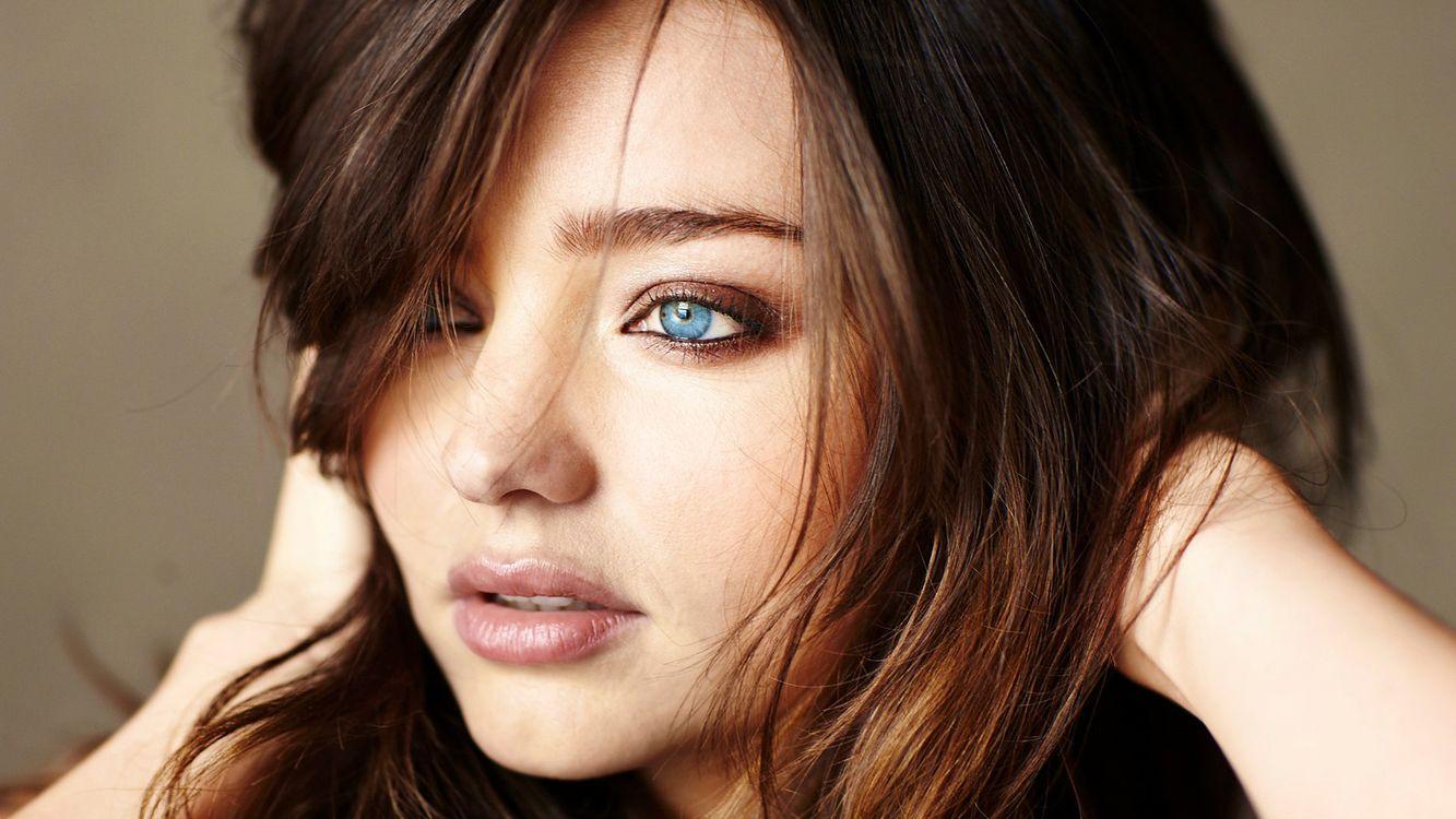 Фото бесплатно девушка, волосы, глаза, голубые, лицо, девушки, девушки