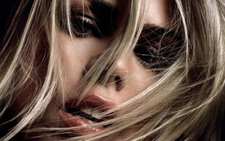 Заставки блондинка, сексуальная, губы, глаза, красивые, волосы, девушки
