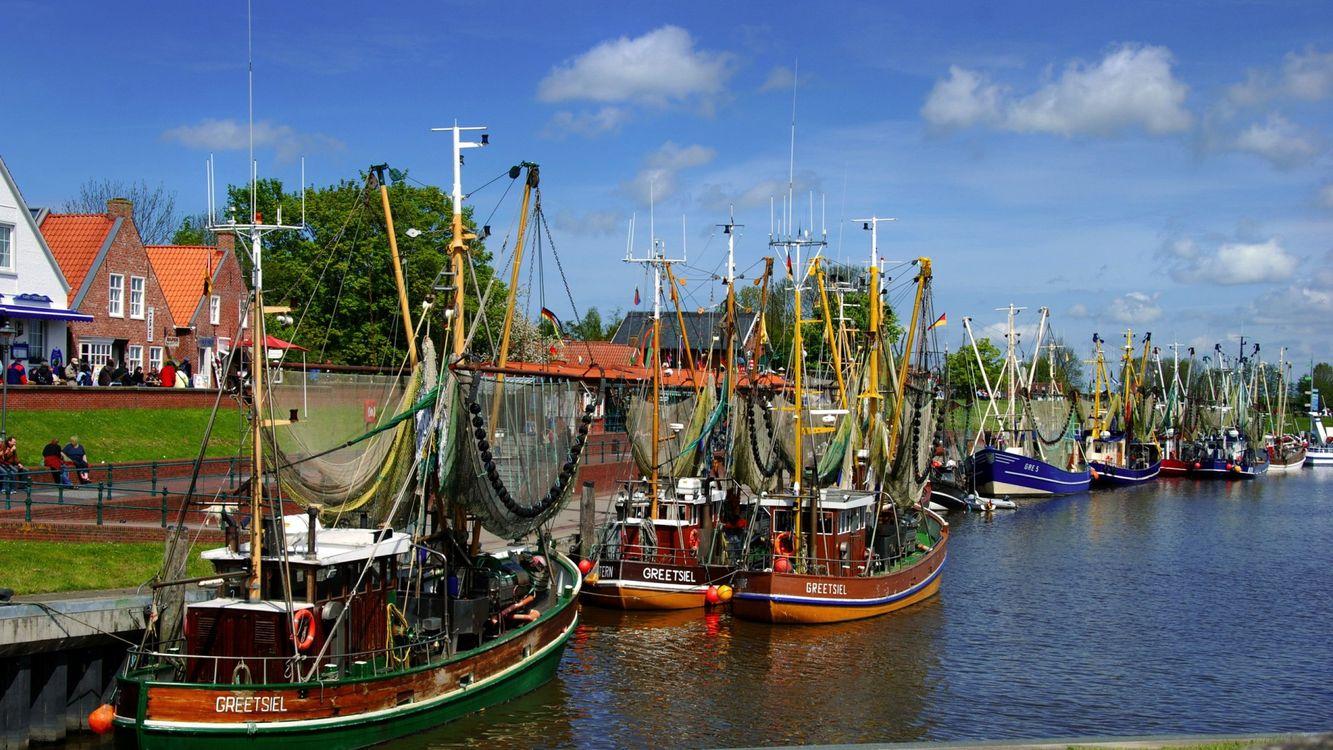 Фото бесплатно дома, море, причал, корабли, паруса, люди, город, город