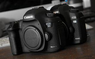 Бесплатные фото фотоаппарат, фотик, зеркалка, объектив, кэнон, корпус, стол