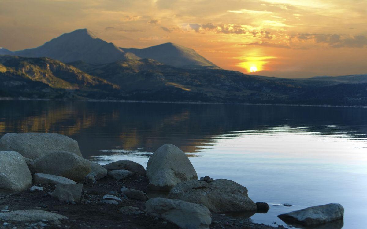 Фото бесплатно небо, сонлце, закат, облока, вода, горы, озеро, природа, пейзажи, пейзажи