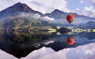 Бесплатные фото воздушный,шар,озеро,отражение,горы,облака,небо