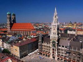 Бесплатные фото здания, высокие, окна, день, люди, машины, небо
