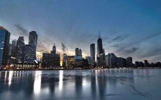 Бесплатные фото вечер, река, лед, дома, небоскребы, улицы, огни