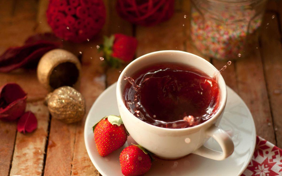 Фото бесплатно чай, чашка, клубника, брызги, разное
