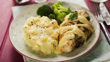 Бесплатные фото картошка,капуста,зелень,тарелка,соус,белый,еда