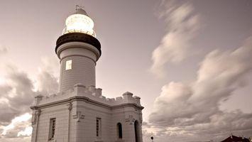 Бесплатные фото маяк,белый,свет,небо,облака,вечер,разное