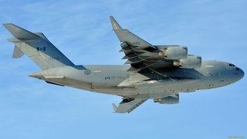 Бесплатные фото самолет,военный,зеленый,крылья,небо,голубое,авиация