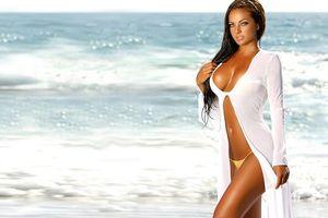 Бесплатные фото water, beach, model, breast, brunette, девушки