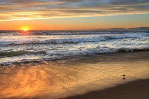 Заставки закат, море, волны, берег, пляж, песок, пейзаж