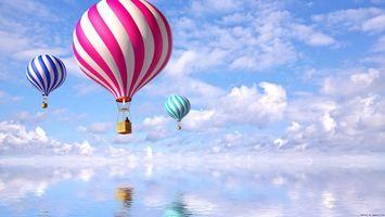 Фото бесплатно повітряна куля, вода, червоний, синій, фіолетовий, небо, хмари, летять, пейзажи, разное, ситуации