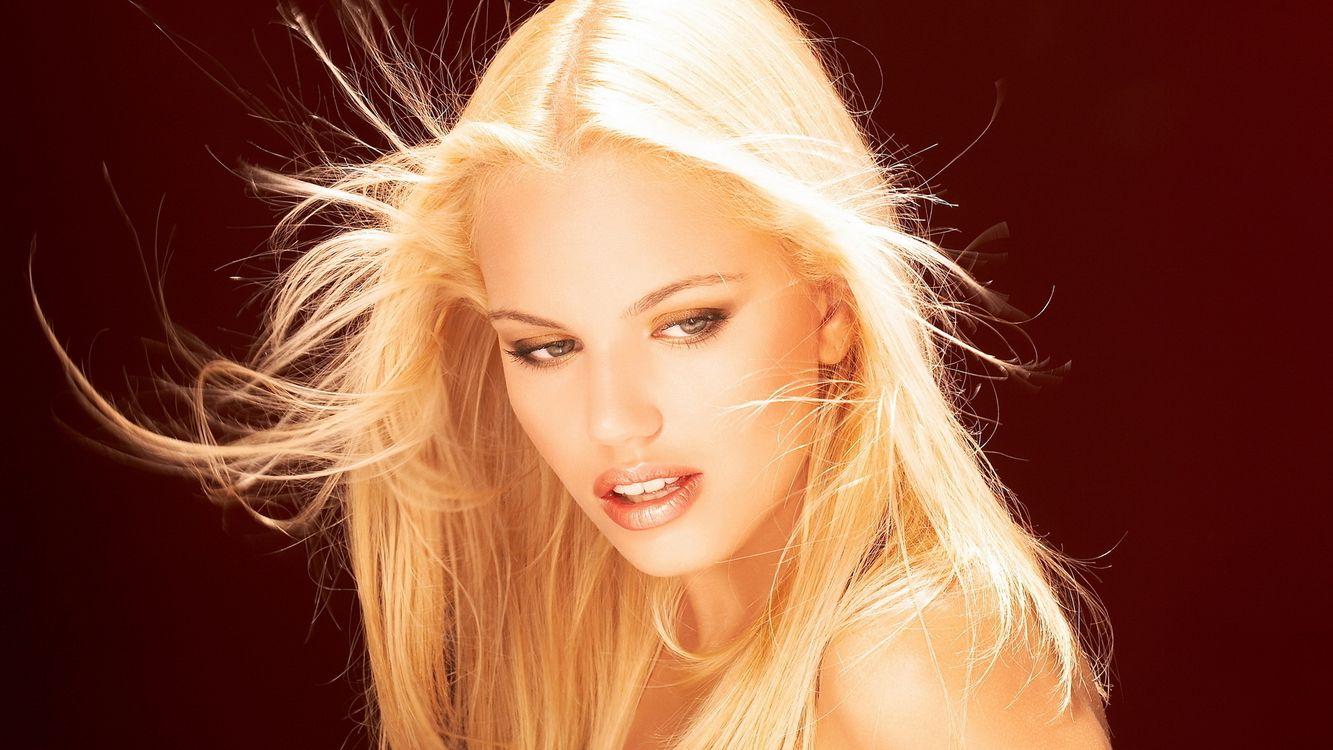 Фото бесплатно девушка, блондинка, лицо, красивая, девушки, девушки