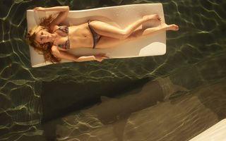Фото бесплатно блондинка, купальник, плавательный