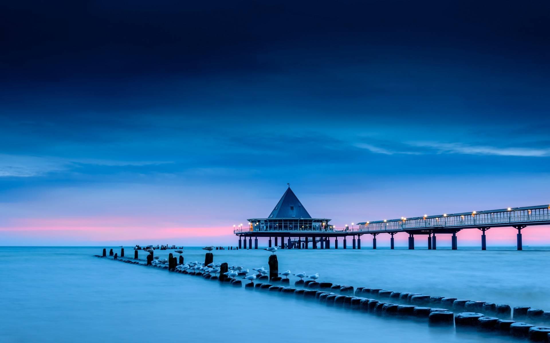 причал фонари берег море pier lights shore sea  № 2555047  скачать