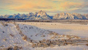 Бесплатные фото снег,горы,зима,забор,холод,небо,природа
