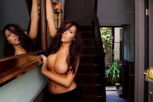 Бесплатные фото boobs,sexy,nipples,long hair,эротика
