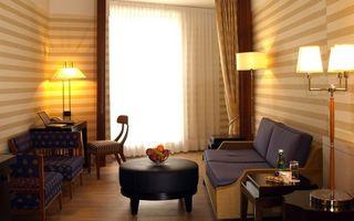 Photo free room, sofa, armchairs
