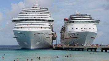 Бесплатные фото корабли,большие,пристань,люди,море,волны,небо