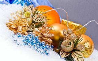 Заставки шарики, елочный, игрушки, ветка, елка, сосна, шишки, бусы, ленточки, подарок, новый год, настроения