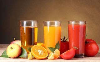 Бесплатные фото стаканы,сок,жидкость,яблоко,апельсин,помидоры,томат