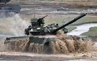 Бесплатные фото т-90,танк,учения,выезд,их воды,брызги,грязь